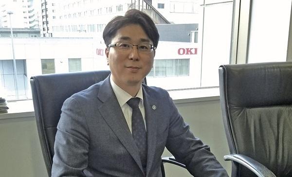 専修学校クラーク高等学院天王寺校校長の市田氏